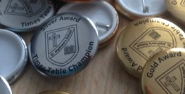 25mm metallic finish printed badges